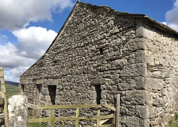 An introduction to vernacular buildings